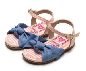2 sandálias infantis por R$79