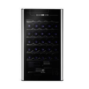 Adega 24 Garrafas Electrolux ACS24 - R$1565