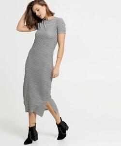 Vestido Feminino Midi Listrado Manga Curta | R$ 50