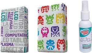 [PRIME] Kit com 2 Esponjas Microfibra e 1 Limpa Telas Spray 120ml, Estampas Sortidas, Flash Limp | R$ 20