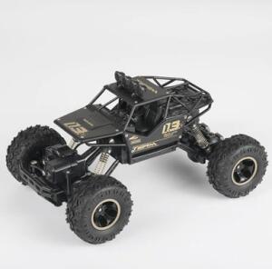Carro de controle remoto Rock Crawler 28cm - Cores | R$160