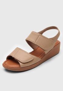 Sandália Usaflex Velcro Bege | R$ 100