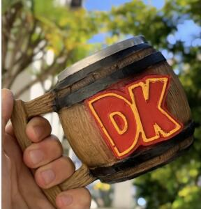 Caneca 3D DK: Donkey Kong 300ml R$49