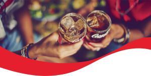 Promoção brindando Coca Cola