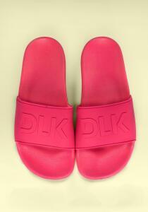 Chinelo slide rosa neon | R$73
