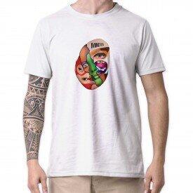 4 camisetas por R$99,00
