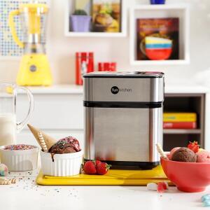 Máquina de Sorvete Deli 127V - Fun Kitchen | R$250